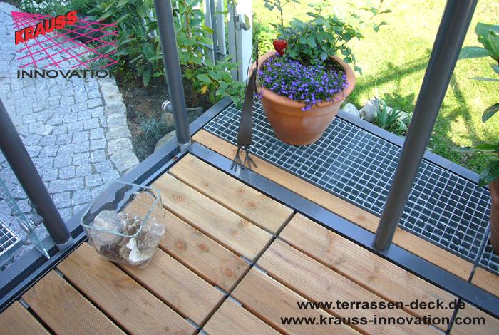 terrassen deck auf wohnebene mit zugang zum garten direkt. Black Bedroom Furniture Sets. Home Design Ideas